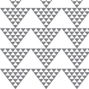 triangle_of_triangles-grey