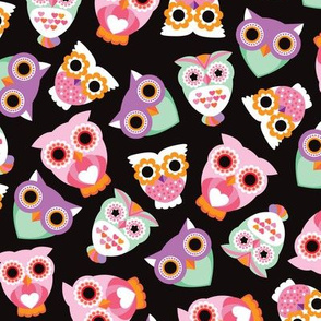 Colorful retro owls illustration girls pattern