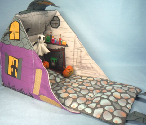 Halloween Cottage Dollhouse Purse 1 yd project