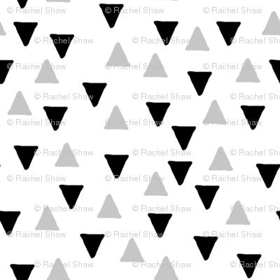 Random Triangles Black and Grey