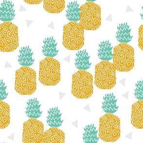 pineapple // block print sweet tropical fruits summer pineapples hawaii