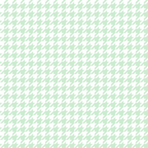 The Houndstooth Check ~ Viennese Mint