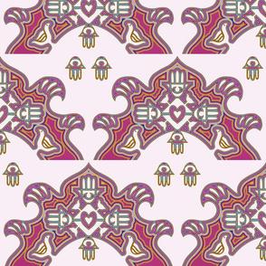chamsah mola, pinks