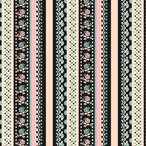 Shabby Chic Tapes Black