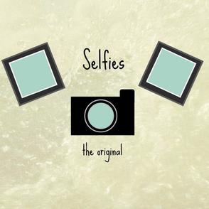 Selfies -blue