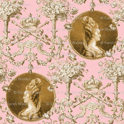 Marie Antoinette Medallion Swag ~ Gilt on Dauphine