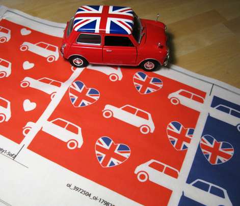 Mini Cooper Hearts - Union Jack Red - Large