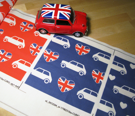 Mini Cooper Hearts - Union Jack Blue - Large