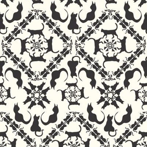 Cat and Mouse Game damask black creme