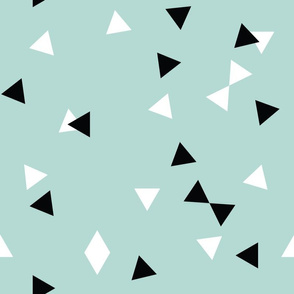 Scattered Triangles // Mint