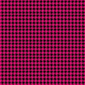 Crazy Pink Houndstooth