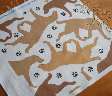 Trotting Chessies and paw prints - white