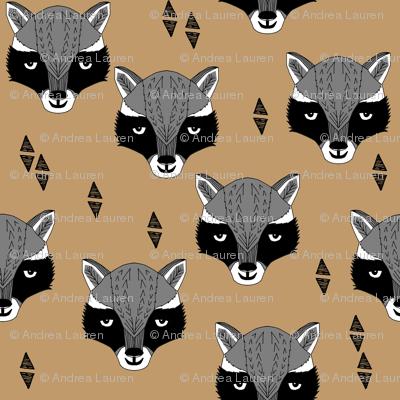 raccoon // brown outdoors animals kids scouts camp ivanhoe