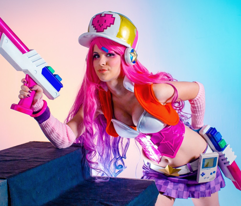 Arcade Miss Fortune Skirt
