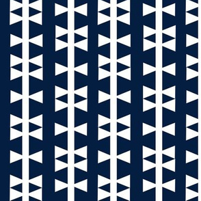 navy triangle stripe