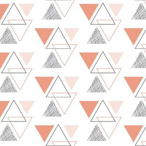 geo triangles // peach
