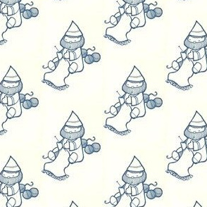 knitting gnome (small)