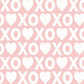 XO♥ distressed // rose quartz