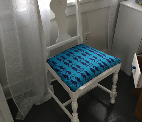 Seahorse- Turquoise