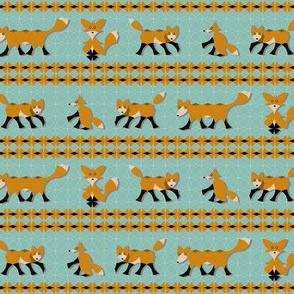 Circle Fox Stripe