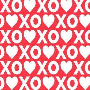 XO♥ // red