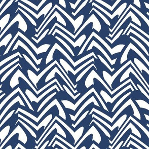 scalloped chevron in navy