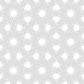 03832696 : octagonal star triple-weave