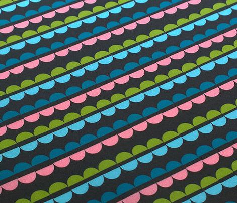 Popcorn Strings (Black) || Christmas geometric abstract holiday garland ornament stripes