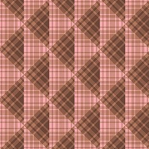 Plaid Triangles 02