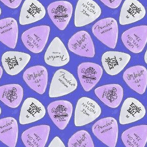 Ultraviolet Plectrum