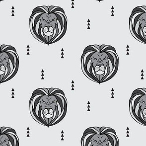 lion // grey