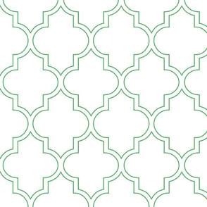 Outline Quatrefoil in Kelly
