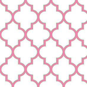Pink and Lawn Outline Quatrefoil