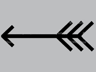 stenciled-pillow-single-arrow-ch