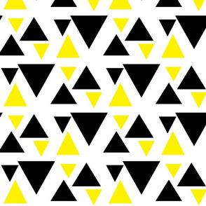 kolmiot_musta_keltainen