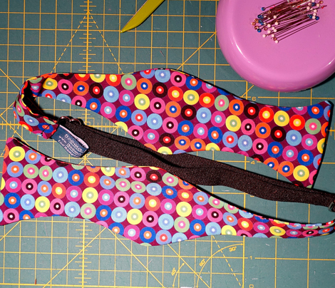 Packed Concentric Dots (Dark Purple)