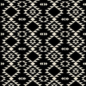 Navajo - Black off White (small)