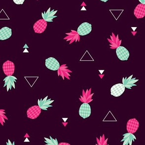 Geometric pineapple fruit hot tropical summer print in pink