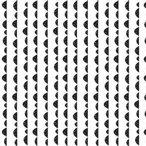 star_hill_mountain_wave_black_white_dot_scandinavian_fabric