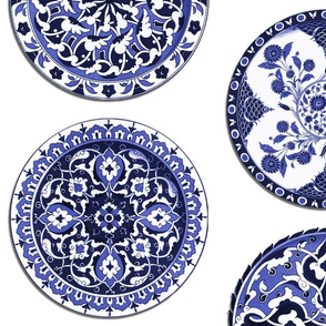 Mrs. Snootytoots' China Cabinet ~ Blue and White Plates