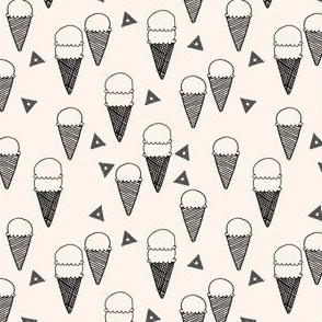 ice cream cone //  ice cream fabric ice cream cone sweet fabrics