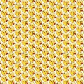 Kissy Face Emoji