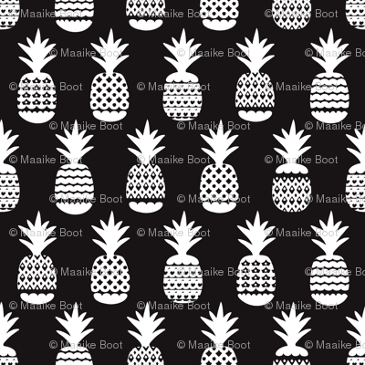 Fun black and white ananas geometric pineapple fruit summer beach theme illustration pattern