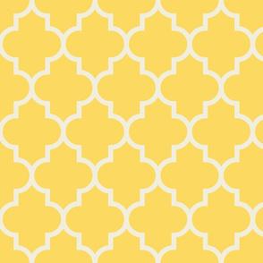 quatrefoil LG yellow + cream