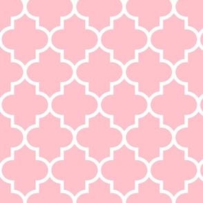 quatrefoil LG light pink