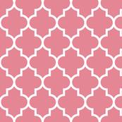 quatrefoil LG berry cream