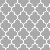 quatrefoil LG grey