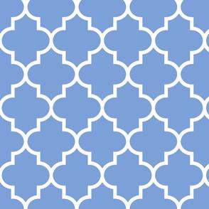quatrefoil LG cornflower blue