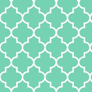 quatrefoil LG sea foam green