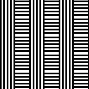 Kedena: Geometric stripe play 2 after Hoffman, black + white by Su_G